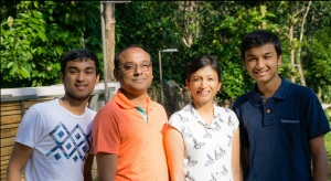 Dinesh Agarwal with his wife and two kids